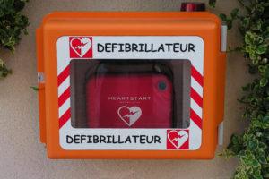 Défibrillateur public